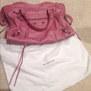 Balenciaga classic city bag rose